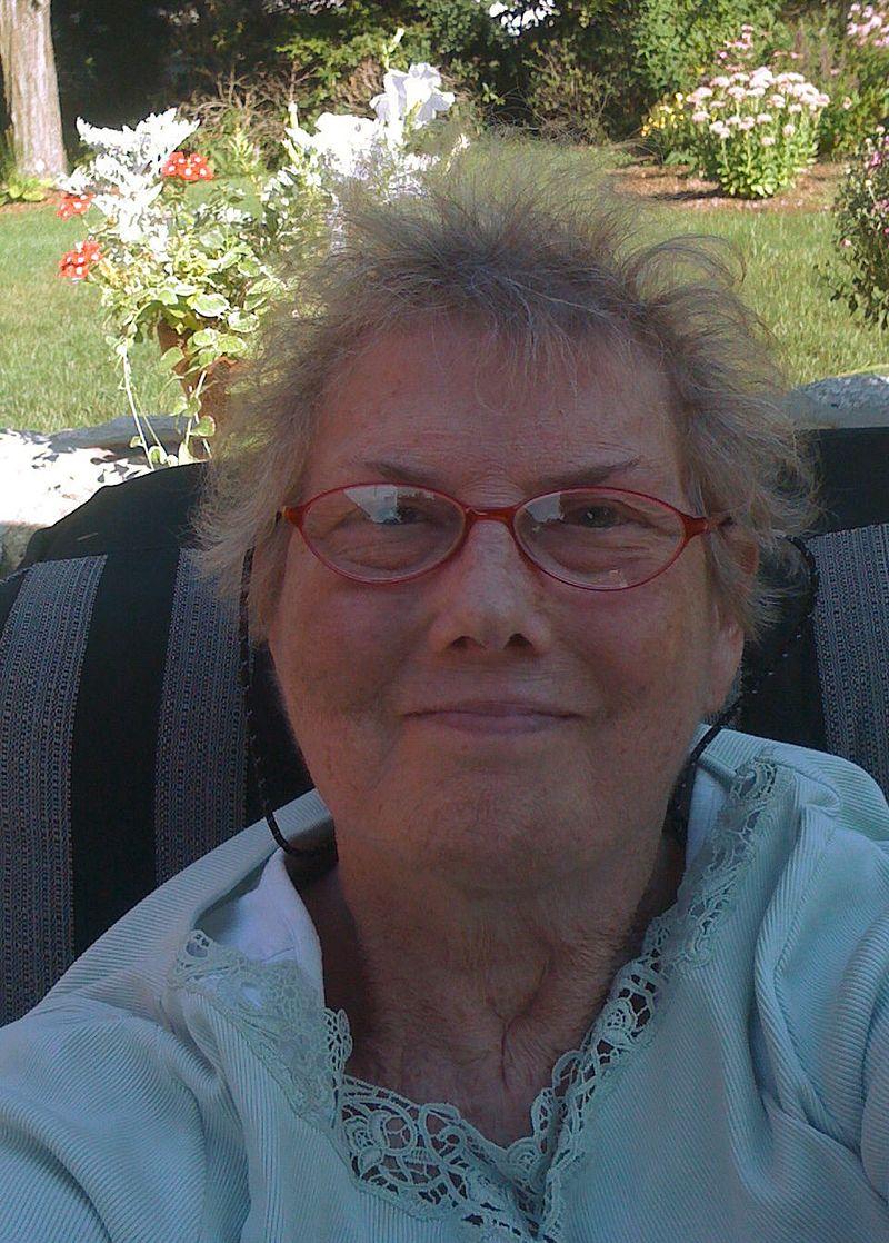 Bonnie in B backyard edited